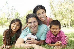 hispanic-family-park-soccer-ball-11502977